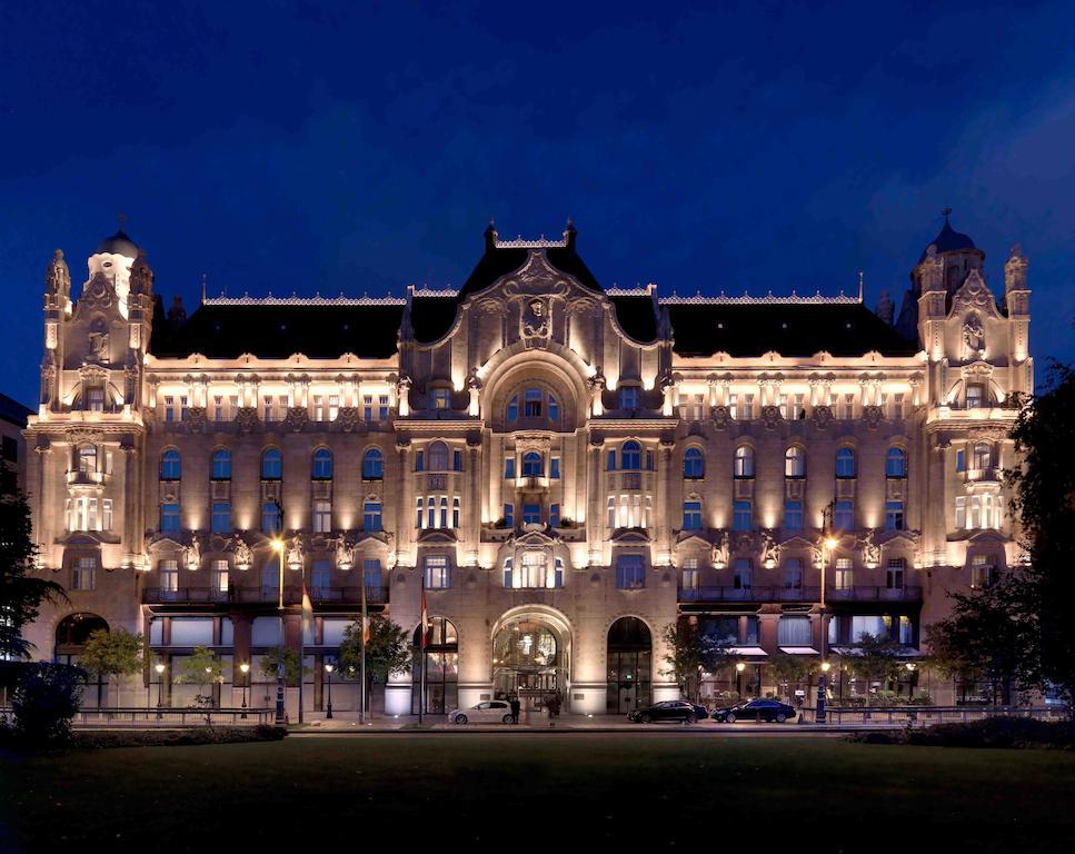 فندق فور سيزونز جريشام بالاس بودابست Four Seasons Hotel Gresham Palace Budapest