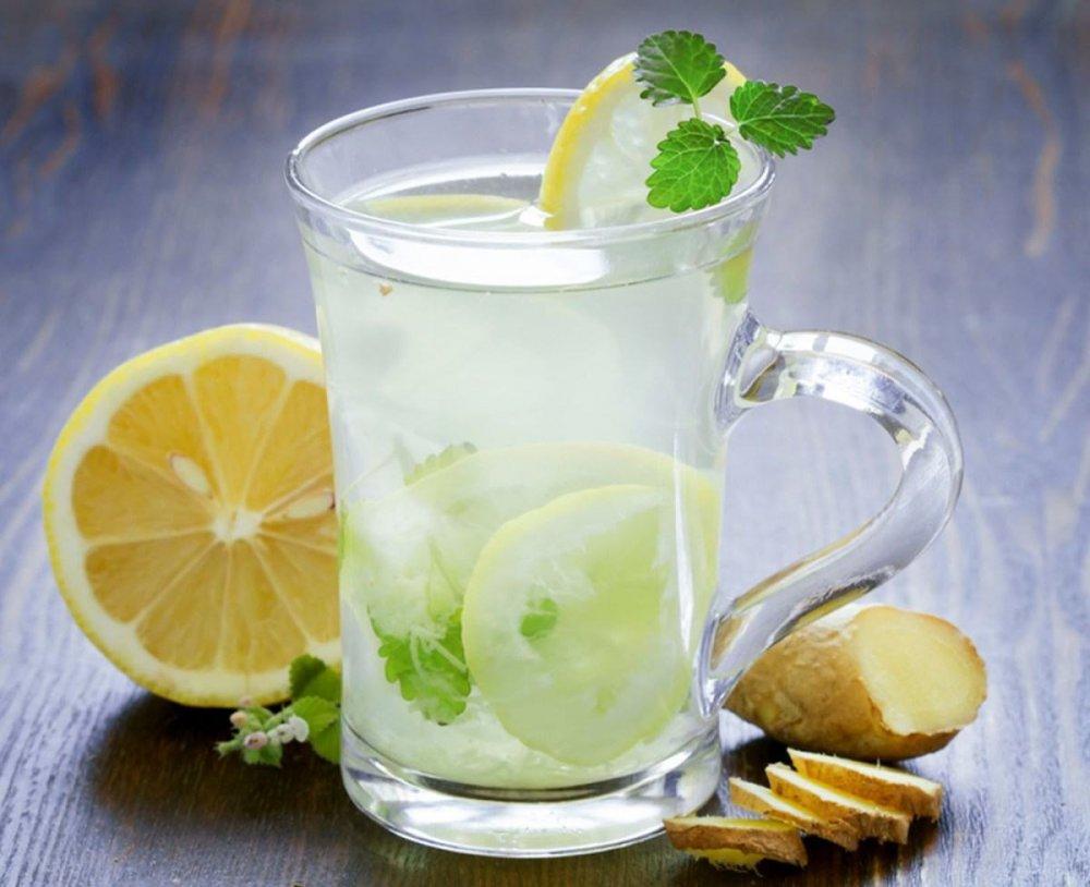 رجيم الليمون والماء الدافئ لتنظيف الجسم من السموم وخسارة الوزن - مجلة هي