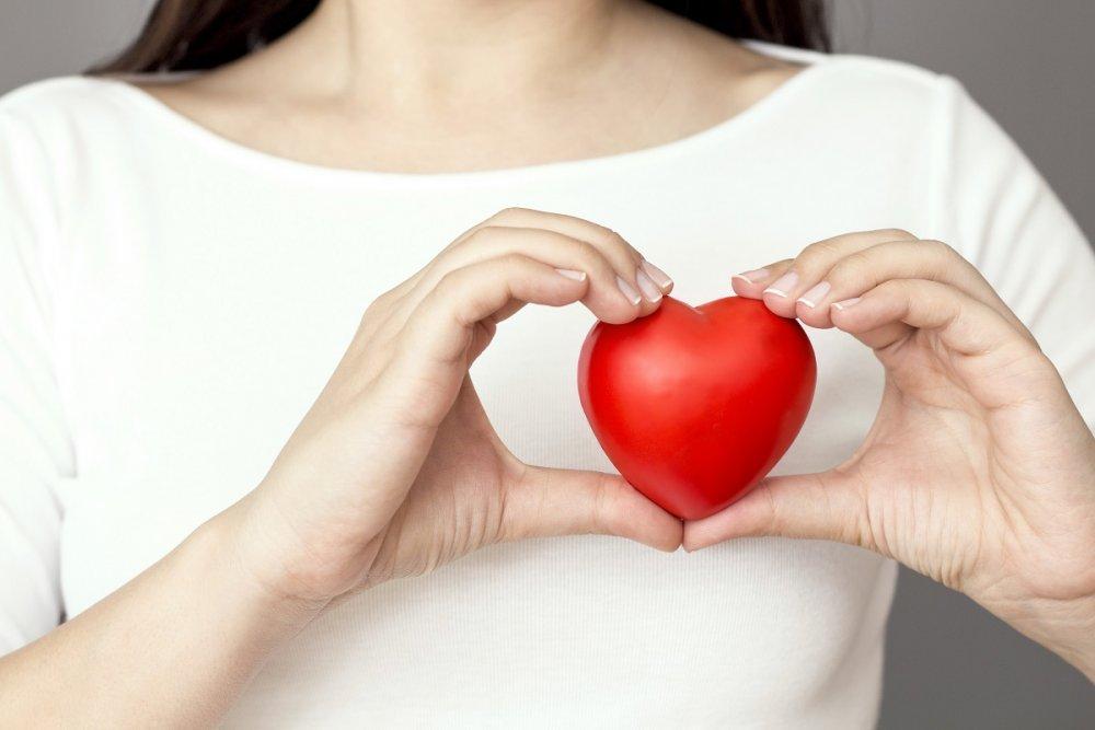 كورونا يسبب قصور القلب ونوبات قلبية