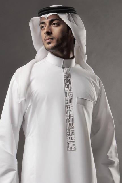 01222e868 تصاميم مبتكرة للثوب السعودي من لومار - مجلة هي