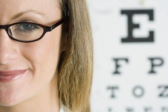 المصابون بقصر النظر أكثر عرضة من غيرهم لانفصال الشبكية
