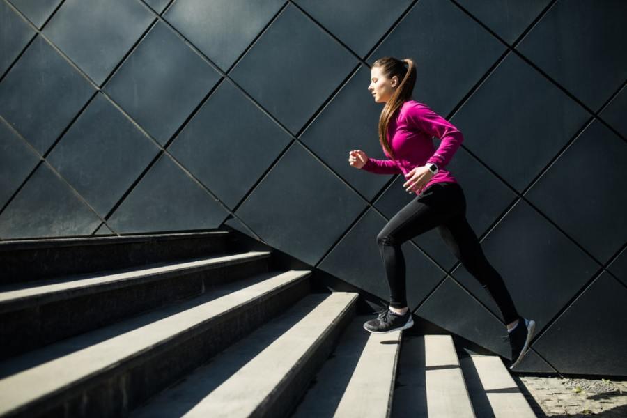 صعود السلالم يكشف عن صحة القلب و الأوعية الدموية