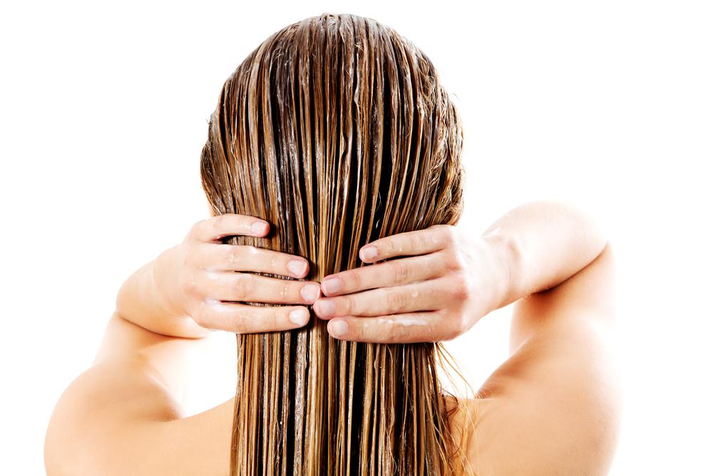 7ea33a10e6e40 علاج تقصيف الشعر بالمواد الطبيعية - مجلة هي