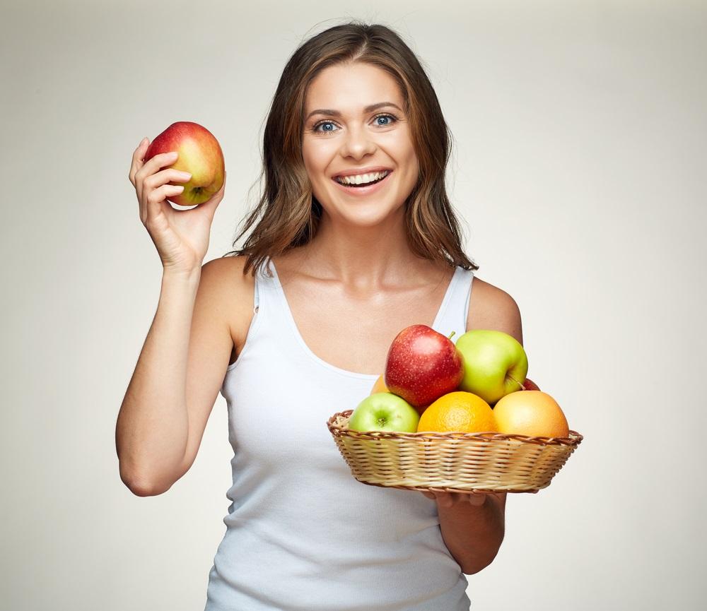 التفاح ضمن اطعمة تساعد على خفض ضغط الدم المرتفع