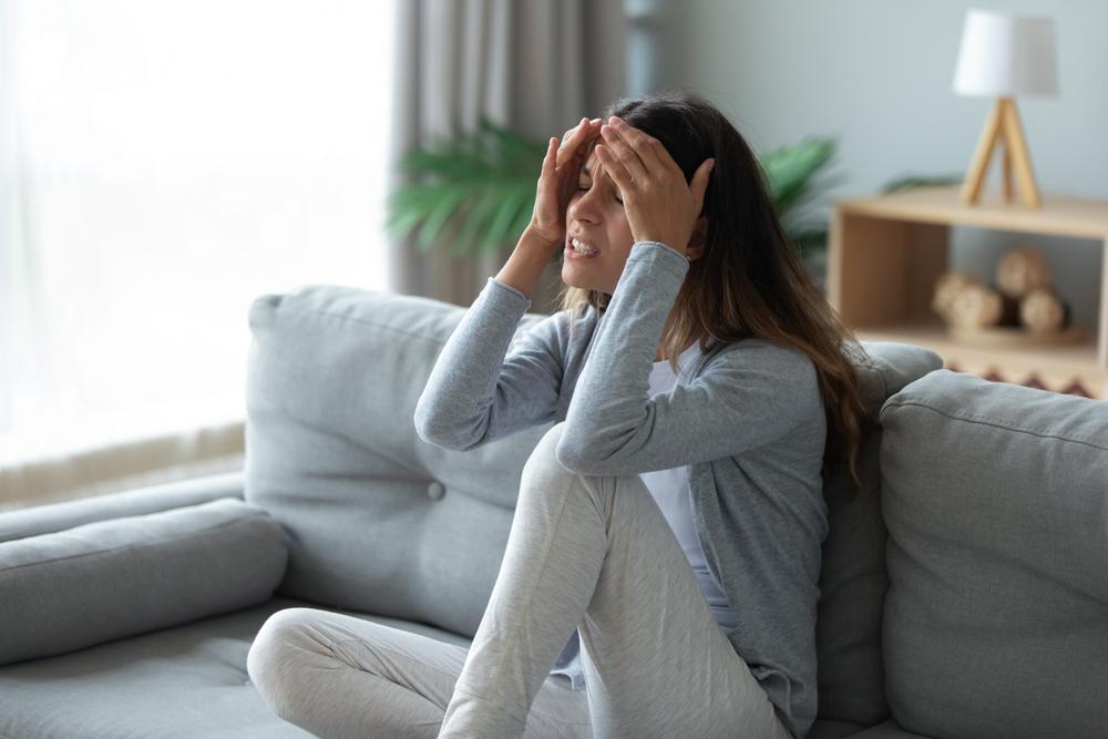 الصداع الشديد بصفة مستمرة من اعراض متلازمة التعب المزمن