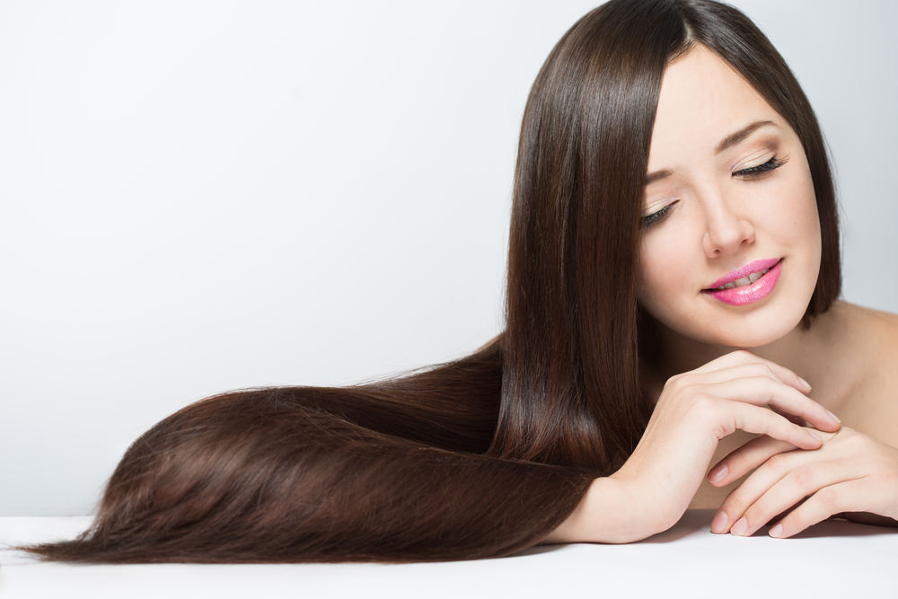 5 وصفات طبيعية لعلاج فراغات الشعر في المنزل - مجلة هي