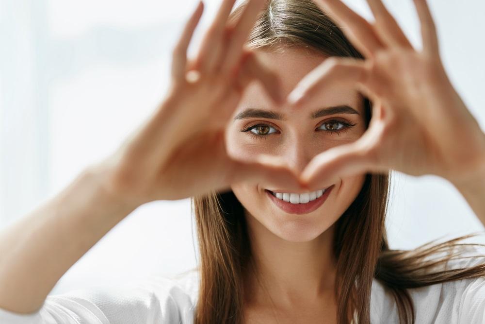 اطعمة تعزز صحة البصر وتحمي من مشاكل العين