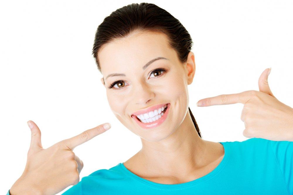 خلطات طبيعية من الكركم لتبييض الاسنان في خمس دقائق