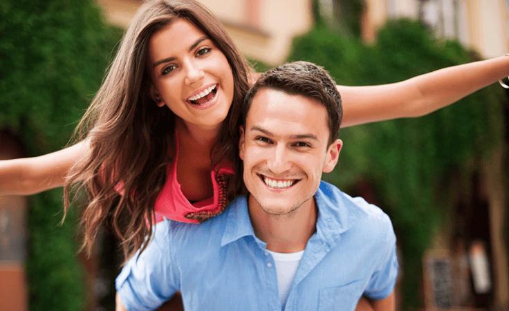 إيجابيات وسلبيات الزواج عن حب الزواج عن حب يخرج بالمشاعر إلى النور