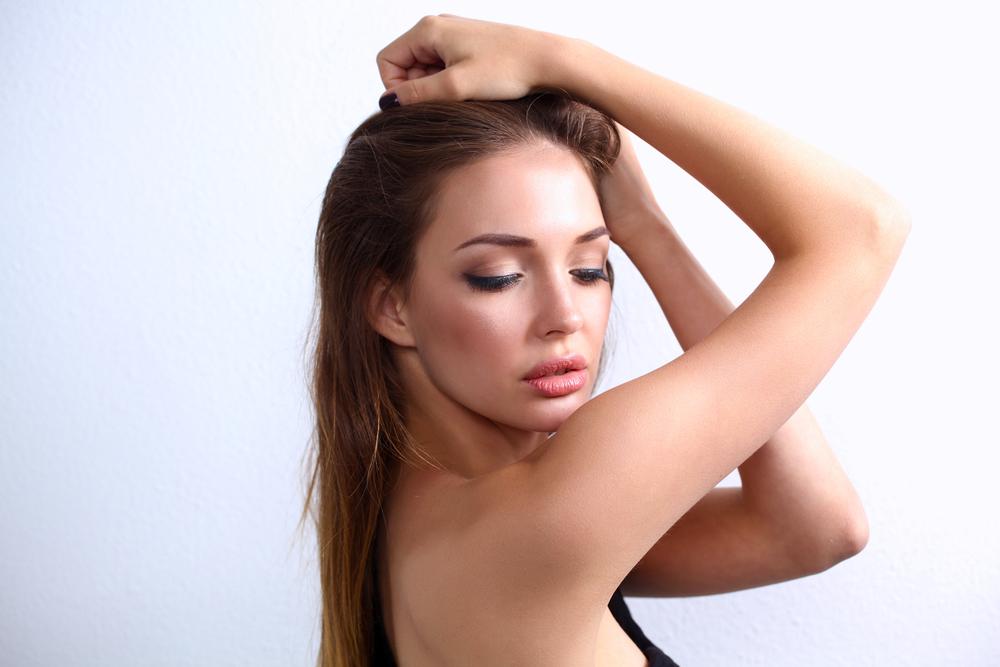 9c9386faa وصفات طبيعية لعلاج التعرق الزائد في الصيف - مجلة هي