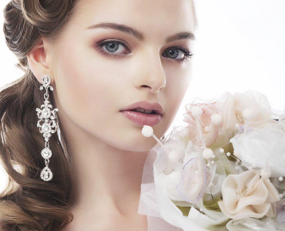 مكياج ناعم وجذاب للعروس الحالمة - مجلة هي