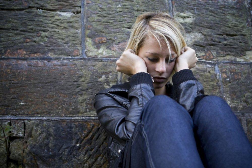 الاكتئاب أبرز الأمراض النفسية في مرحلة الشباب