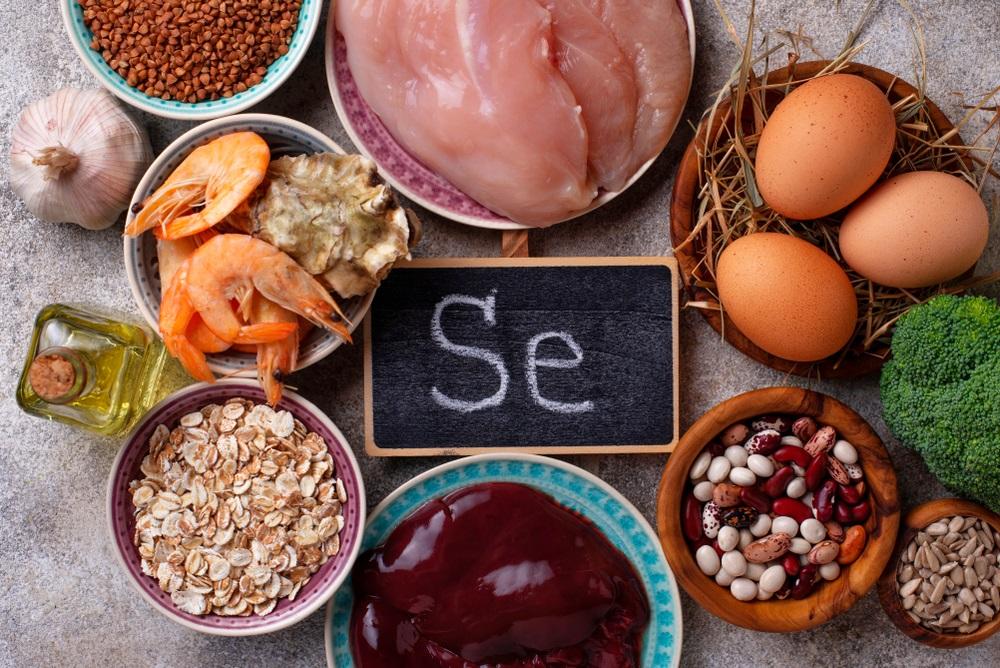 كيف يتسبب نقص عنصر السيلينوم في مشاكل كبيرة للجسم وما هي مصادره