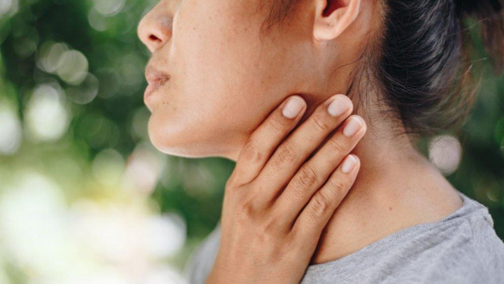 تورم الغدد اللمفاوية من أعراض سرطان الدم اللوكيميا
