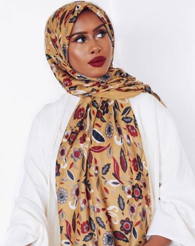 الوان حجاب تناسب البشرة السمراء - مجلة هي