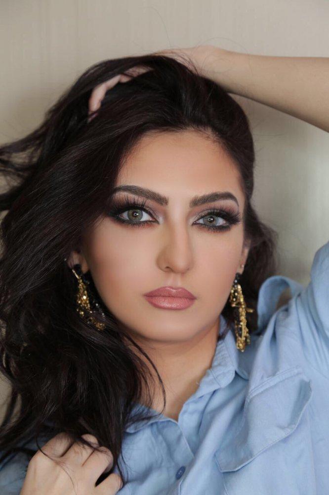 87cdd7ee9f8f3 تغريد الإبراهيم خبيرة التجميل السعودية عشقت الألوان فأبدعت في المكياج -  مجلة هي