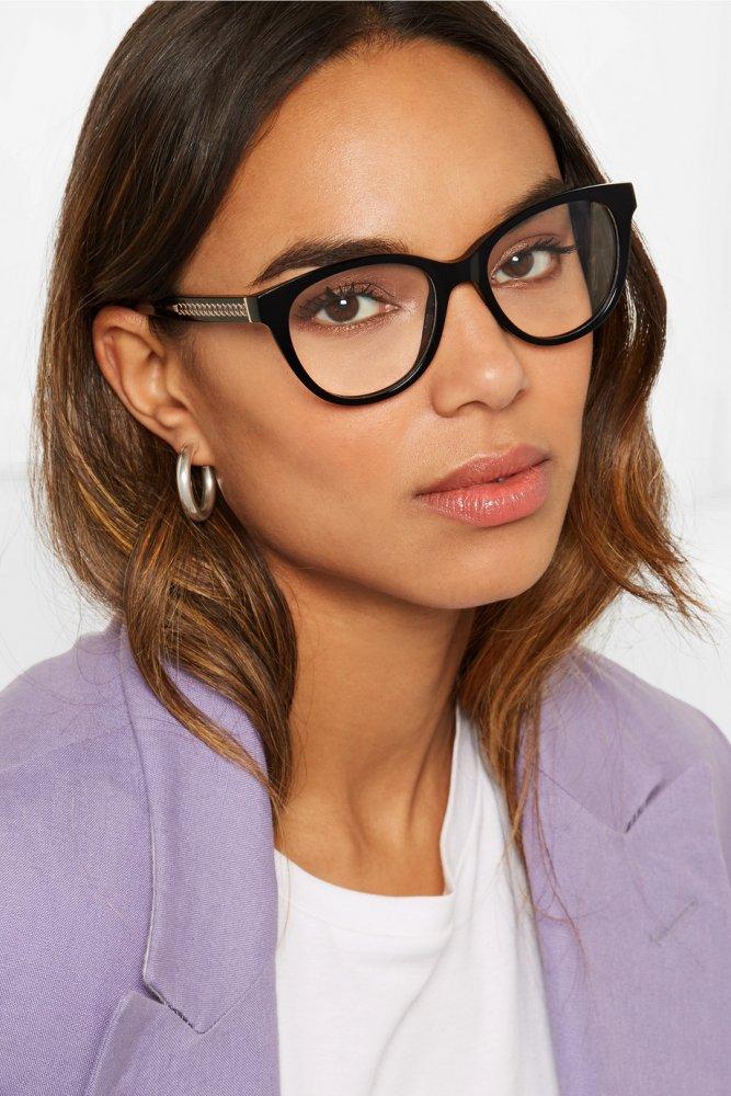 36422b076 النظارات الطبية المناسبة للوجه النحيف - مجلة هي