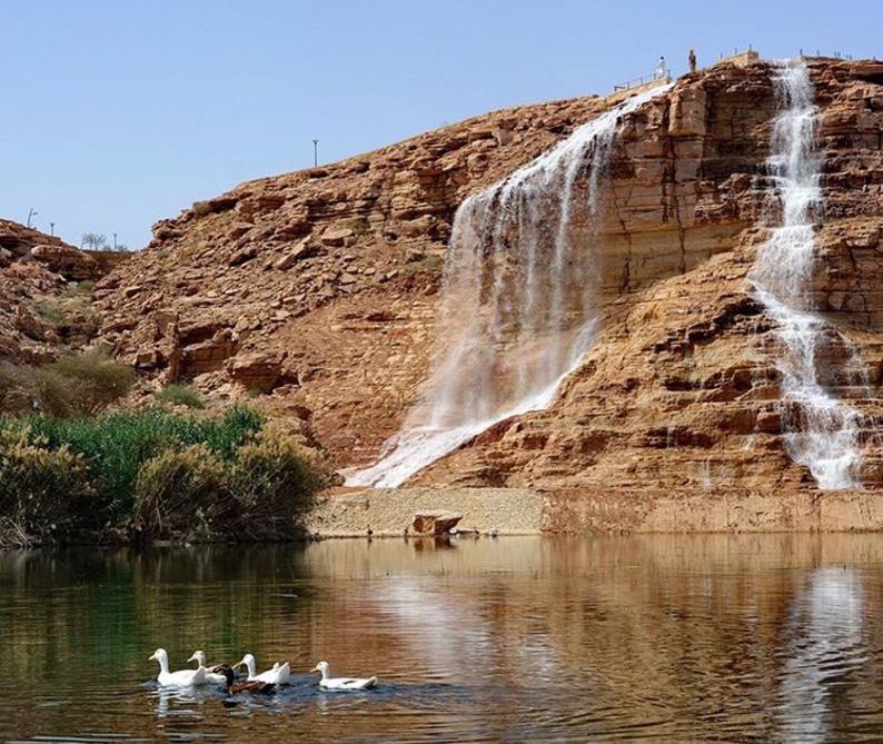 افتتاح متنزه مطلات بحيرة نمار في الرياض مجلة هي
