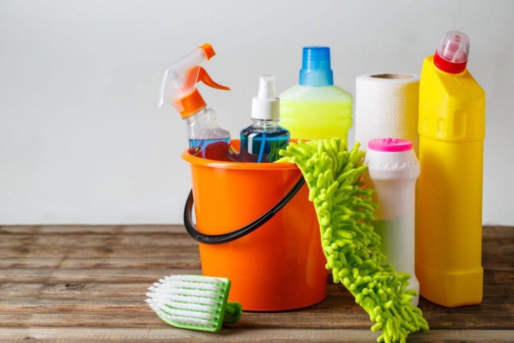 المنظفات المنزلية تسبب التهاب الجلد التماسي