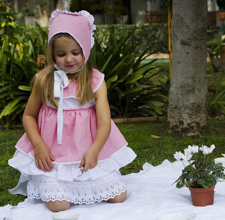 d2c32a20c6ae7 ملابس اطفال انيقة من ماركات اسبانية للمناسبات الخاصة - مجلة هي