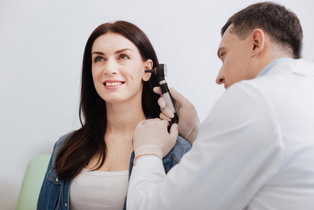 وجد الباحثون ان فقدان السمع هو من تداعيات فيروس كورونا الجديدة