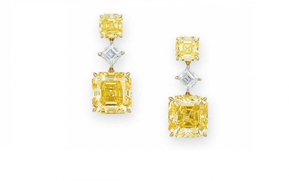 أقراط الماس الأصفر
