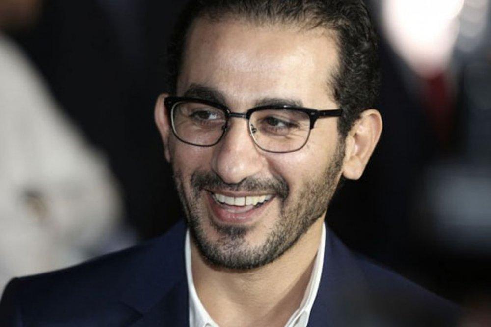 صورة أحمد حلمي يكشف حقيقة مرضه ويوجه رسالة إلى جمهوره - مجلة هي