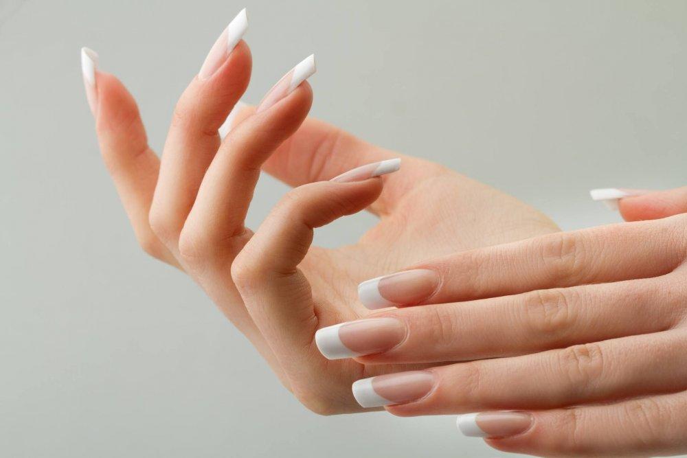 كيفية تطويل أظافر اليدين بسرعة بالطرق الطبيعية