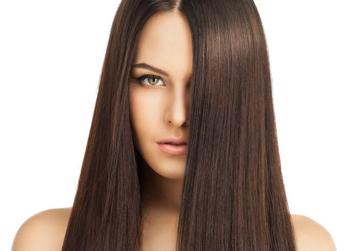 فوائد الفراولة لتفتيح البشرة وتنعيم الشعر وطرق استخدامها