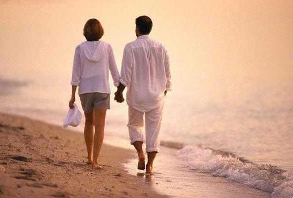 هل يحب الرجل المرأة الطويلة أم القصيرة