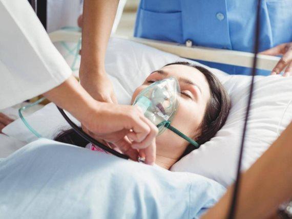 الهذيان عرض جديد يصيب مرضى كورونا في العناية المركزة