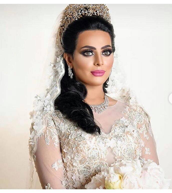 ca646eb73 أول صور مسربة لابنة إلهام الفضالة وعريسها في الزفاف..جمالها الباهر ...