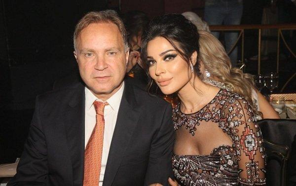 شاهدي وسامة وأناقة زوج نادين نجيم مجلة هي