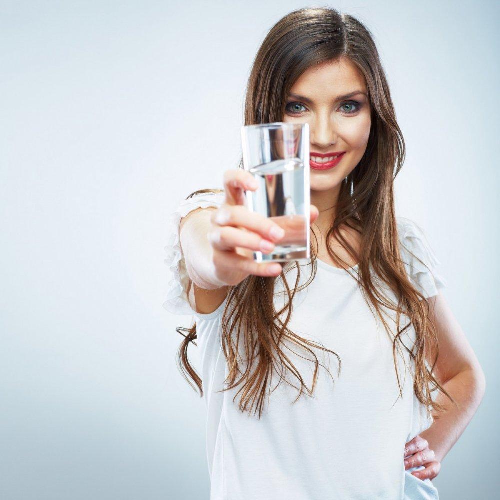 رجيم الماء لإنقاص الوزن في أسبوع برمضان - مجلة هي