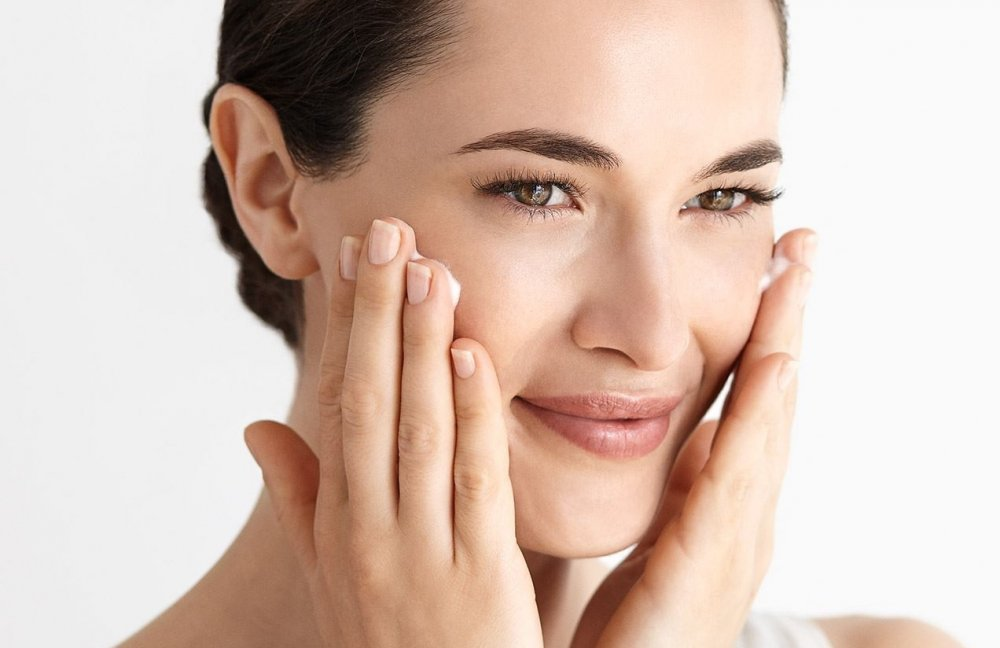 افضل الاطعمة لزيادة وتحفيز الكولاجين في الوجه