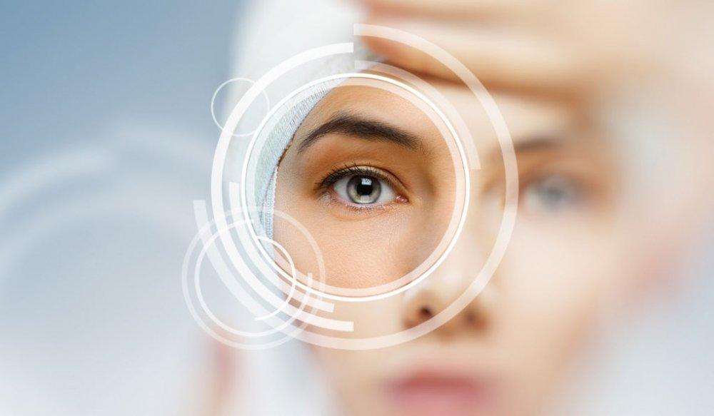 الفحوص الطبية تحدد مدى قابلية العين لزراعة العدسات