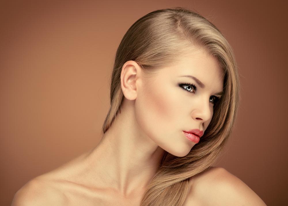 نصائح جمالية مفيدة لصاحبات الشعر الاشقر المصبوغ