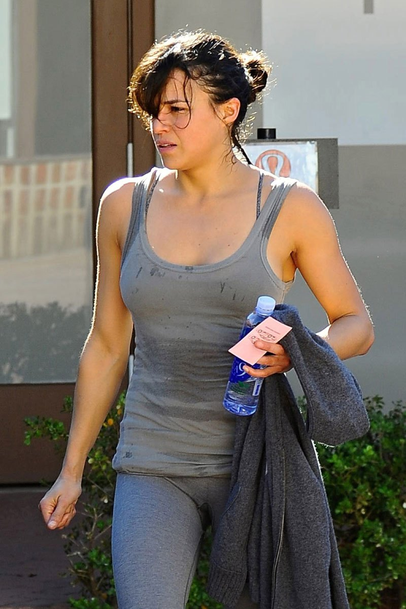 Michelle Rodriguez  sweating