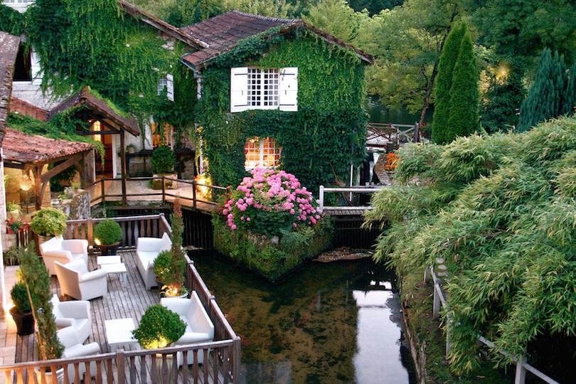 Le Moulin Du Roc.. سحر لا ينتهي