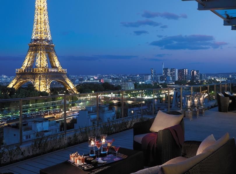 Shangri-La Hotel يكشف جمال باريس