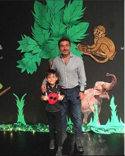 عابد فهد مع ابنه تيم