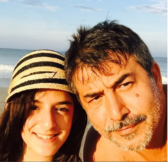 عابد فهد مع ابنته