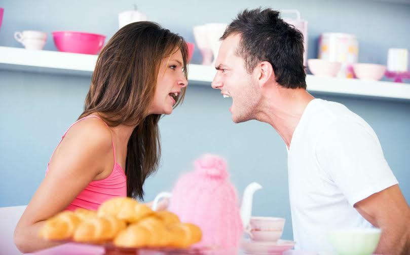 876e95bf2 بعد الزواج : 5 صور إحذري أن يراك عليها زوجك - مجلة هي