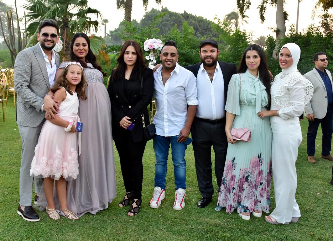 صور مصطفى خاطر يحتفل بزفاف شقيقته..زوجة أوس أوس تظهر بملابس الحداد بعد وفاة  ابنهما - مجلة هي