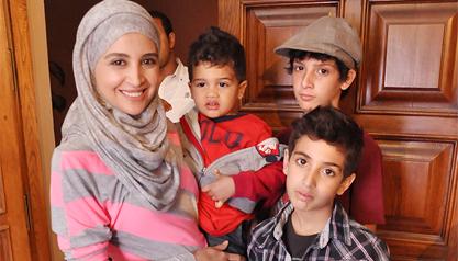 حنان ترك وثلاثة من ابناءها