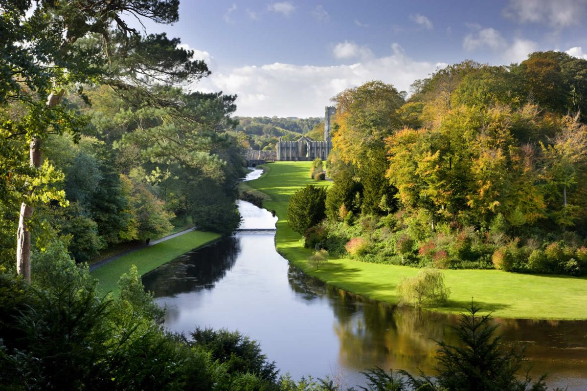 Fountains Abbey and Studley Royal Water Garden, North Yorkshire‬