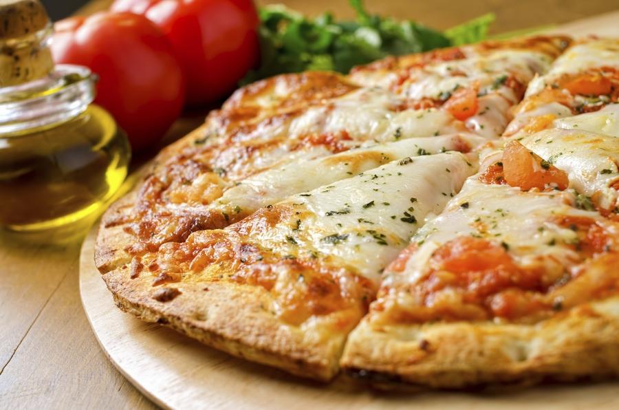 اخبار الامارات العاجلة 4641966-1143376494 طريقة اعداد عجينة البيتزا مع الشيف السعودي سامي الموسى وصفات شهية  مقبلات
