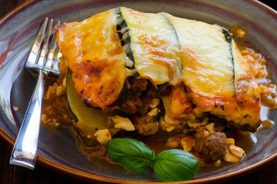 اخبار الامارات العاجلة 4782356-1048109725 طريقة عمل الكوسة بالصلصة وصفات شهية  أطباق رئيسية